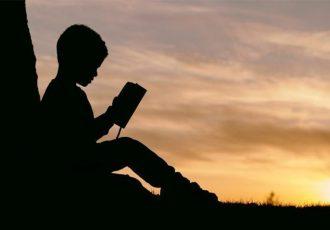 Trebaju li dijeca pisati prije škole